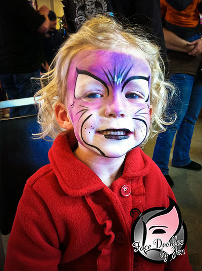 /images/face_painting_slider/face_painting_slider_photos_02.jpg